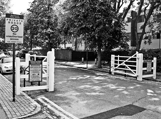 Gate at the end of Blackheath Park
